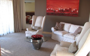 E) Room 4 – Deluxe Suite